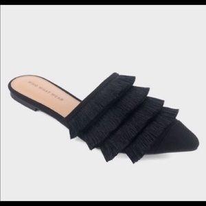 Black fringe flats🖤